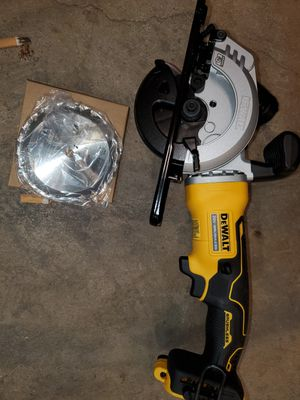 Atomic Dewalt Circular saw for Sale in Columbus, OH