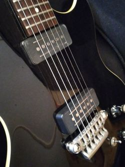 Electric Guitar Vox Virage SSC-33 for Sale in Tempe,  AZ