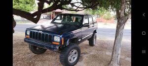2000 jeep cherokee xj for Sale in Phoenix, AZ