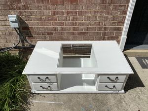 Distressed White Coffee Table for Sale in Springfield, VA