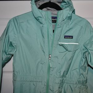 Patagonia Girls Green Rain H2no Jacket SZ XL for Sale in Oak Lawn, IL