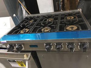 """Viking 36"""" wide all gas cooktop 6 burner for Sale in Spring Valley, CA"""