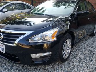 Beautiful 2013 Nissan Altima 120000 Mi Look Run Beautiful for Sale in Los Angeles,  CA