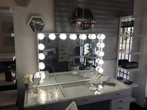 Glow pro large 🎈🎈🎈 for Sale in Fresno, CA