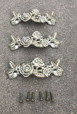 3pcs beautiful floral retro Drawer Pulls Handles, Antique Cabinet Drop Bail Pulls Handles for Sale in Los Angeles, CA