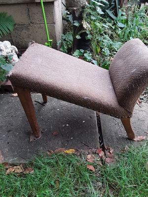 **RARE**SUN SALE Antique birthing chair for Sale in Akron, OH