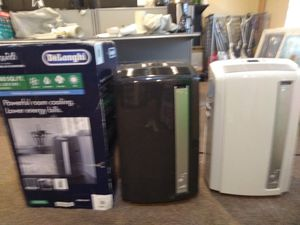 12,500 btu air conditioner heater dehumidifier and fan all in one with accessories and remote control brand-new for Sale in Modesto, CA