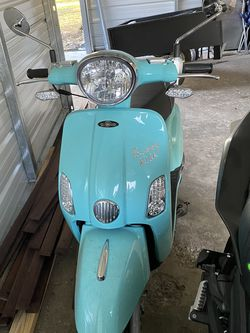 Scooter 150 CC Genuine Buddy Kick for Sale in Santa Fe,  TX
