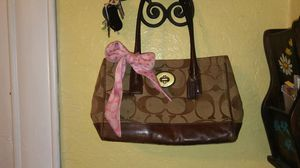 Medium sized ladies Coach hand bag for Sale in Colorado Springs, CO
