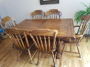 Large 7 piece dining room set-$300 for Sale in Colorado Springs, CO