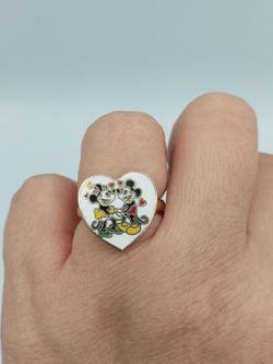 Vintage Mickey And Minnie Heart Ring for Sale in Barstow,  CA