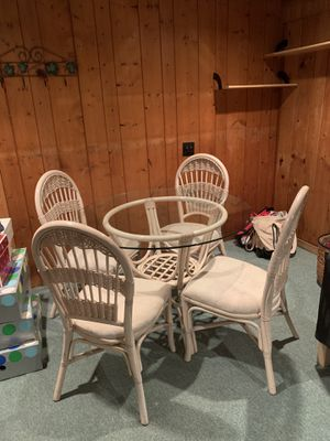 Table for Sale in Ridgewood, NJ