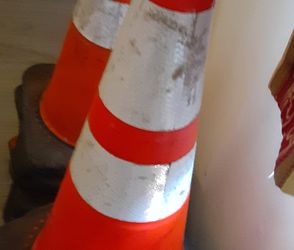 """28"""" Safety Cones With Reflectors for Sale in Artesia,  CA"""