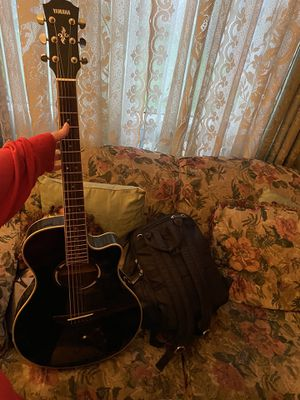 Yamaha Apex 500III acoustic electric guitar for Sale in Lincroft, NJ