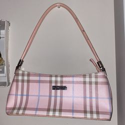 burberry purse for Sale in Seattle,  WA