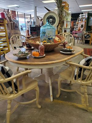 Antique Dining Table & 4 Chairs for Sale in Mesa, AZ
