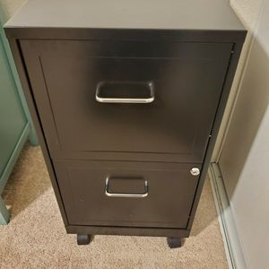 Filing Cabinet for Sale in Des Moines, WA