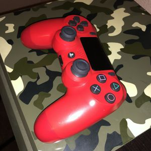 PS4 (controller & Games) for Sale in Hacienda Heights, CA