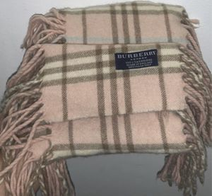Scarf Burberry for Sale in West Covina, CA
