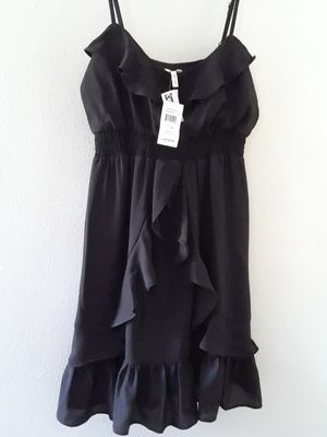 Very beautiful brand new maxandcleo designer summer DRESS size small tags still on paid 128$ ASKING 50$ for Sale in Riverside, CA