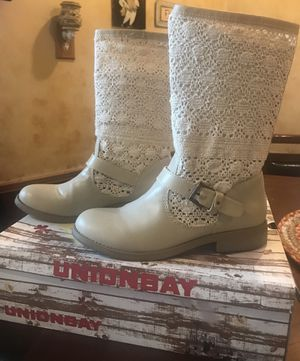 Union bay unique lace women's boots size 8 for Sale in Kanawha Falls, WV