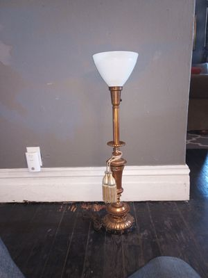 Torch table lamp, antique piece. for Sale in St. Louis, MO