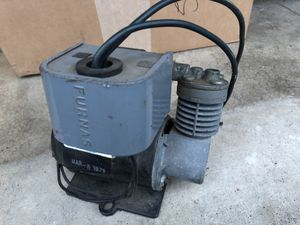 COLEMAN MODEL 2232 AIR COMPRESSOR for RV/MOTORHOME/TRAILERS/CAMPERS for Sale in Lynnwood, WA
