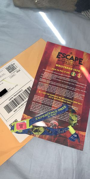 Selling Escape 2 Day Experience Pass 2019 for Sale in Los Angeles, CA