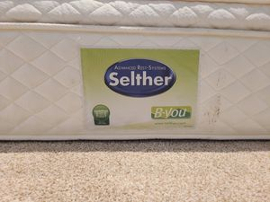 FREE QUEEN MATTRESS for Sale in Frisco, TX
