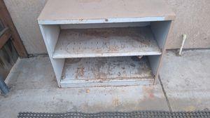 Heavy duty metal shelves $10 for Sale in Perris, CA