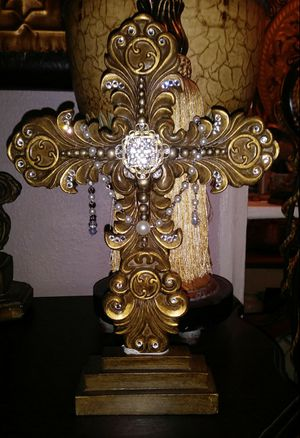 Beautifully Embellished Ornate Cross Decor for Sale in Benbrook, TX