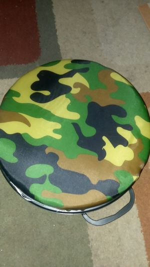 Hunting/fishing Rotating seat cushion for Sale in Delaware, OH