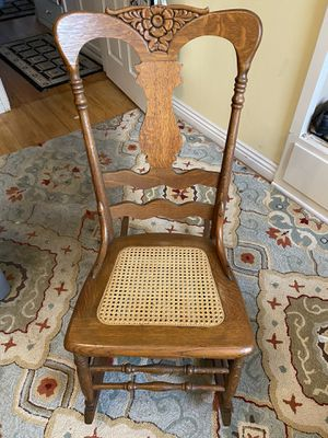 Antique Rocking Chair for Sale in Downey, CA