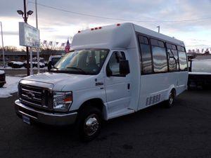 2010 Ford E350 15 passenger bus on for Sale in Manassas, VA