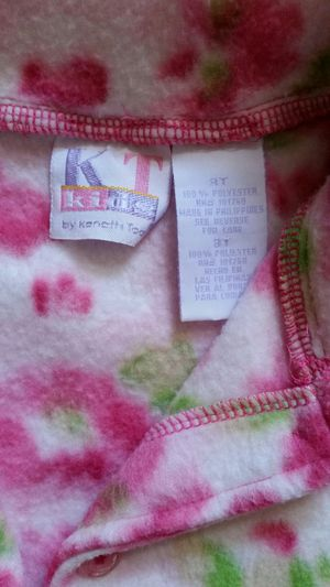 $3 toddler girl's sweater for Sale in Murrieta, CA