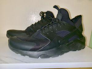 2012 nike air huarache shoes for Sale in Long Beach, CA