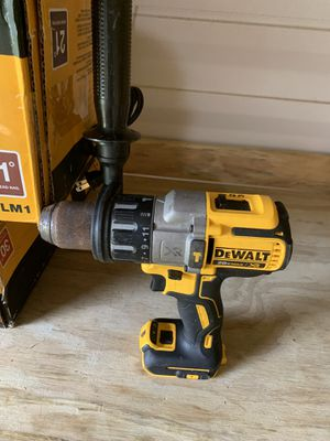 Dewalt brushless Xr 3 speed hammer drill used not negotiable no battery for Sale in Plant City, FL