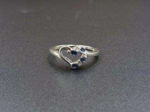 Size 5.25 10K Gold Blue Spinel & CZ Diamond Heart Band Ring Vintage Estate Wedding Engagement Anniversary Gift Idea Beautiful Elegant Unique for Sale in Everett, WA