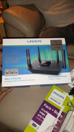 Linksys tri-band 2.1 gbps combined speeds 4K Max stream tri-band for Sale in Plainfield, IN
