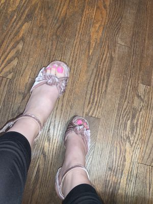 Pink Velvet Strappy Heels for Sale in Meriden, CT