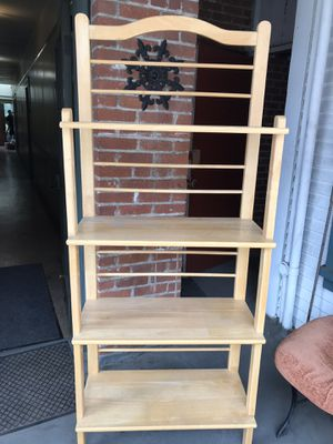 Wood baker's rack like new for Sale in San Diego, CA