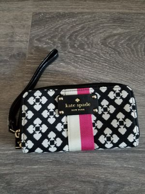 NEW! Kate Spade Wristlet with White and Pink Stripe and spade prints for Sale in Glendale, CA