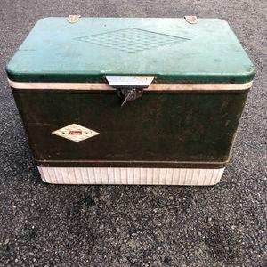 Vintage Coleman Cooler for Sale in Herndon, VA