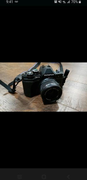 Olympus om-d em10 mk iii with 2 lenses and flash for Sale in Tacoma, WA