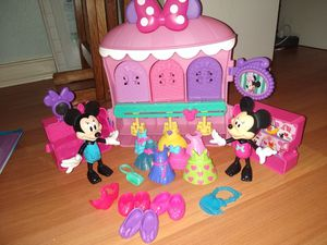 Minnie Mouse Bowtique for Sale in Spring Hill, FL