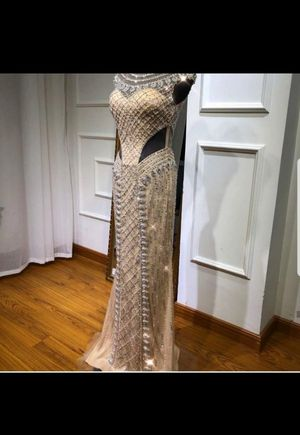 Long Prom gowns dress for Sale in Anchorage, AK