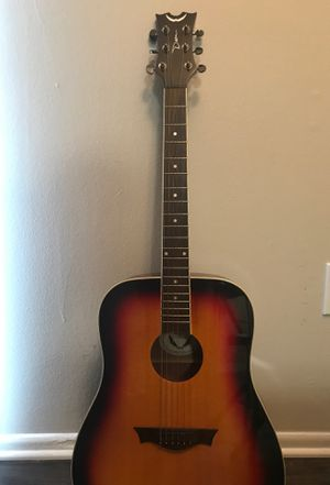 Dean acoustic guitar with bag and additional strings for Sale in Aloma, FL