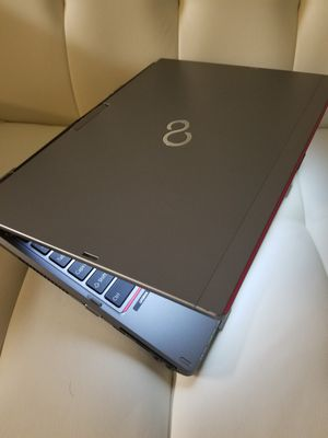Laptop touchscreem W SS DCore i5 5th gen 4gb 120 SSD VERY FAST for Sale in Kissimmee, FL