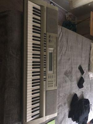 Casio WK-200 digital keyboard for Sale in San Diego, CA