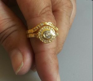 Vintage Diamond/Y-Gold Wedding Ring Set for Sale in Denver, CO